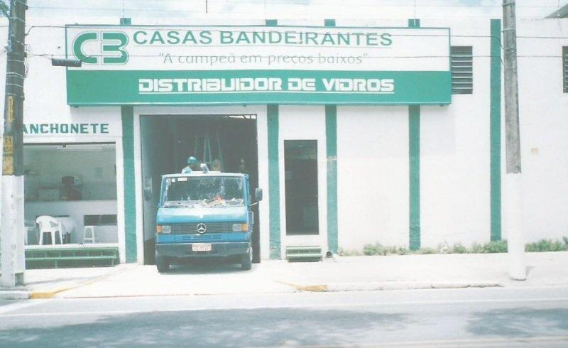 Em 2003 abertura da Filial em Recife da Casas Bandeirantes